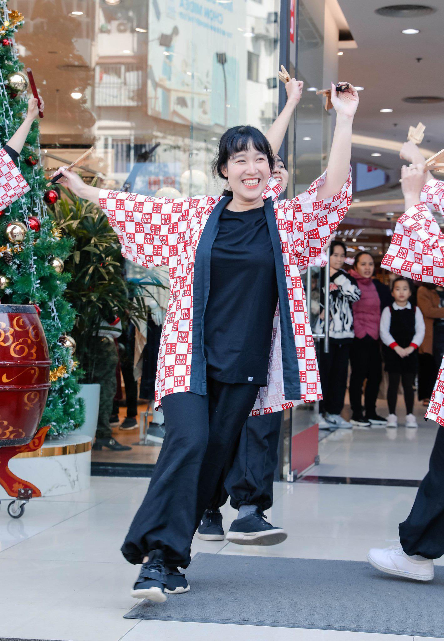 UNIQLO gửi gắm thông điệp mừng năm mới qua vũ điệu Yosakoi đậm chất Nhật - Ảnh 8.