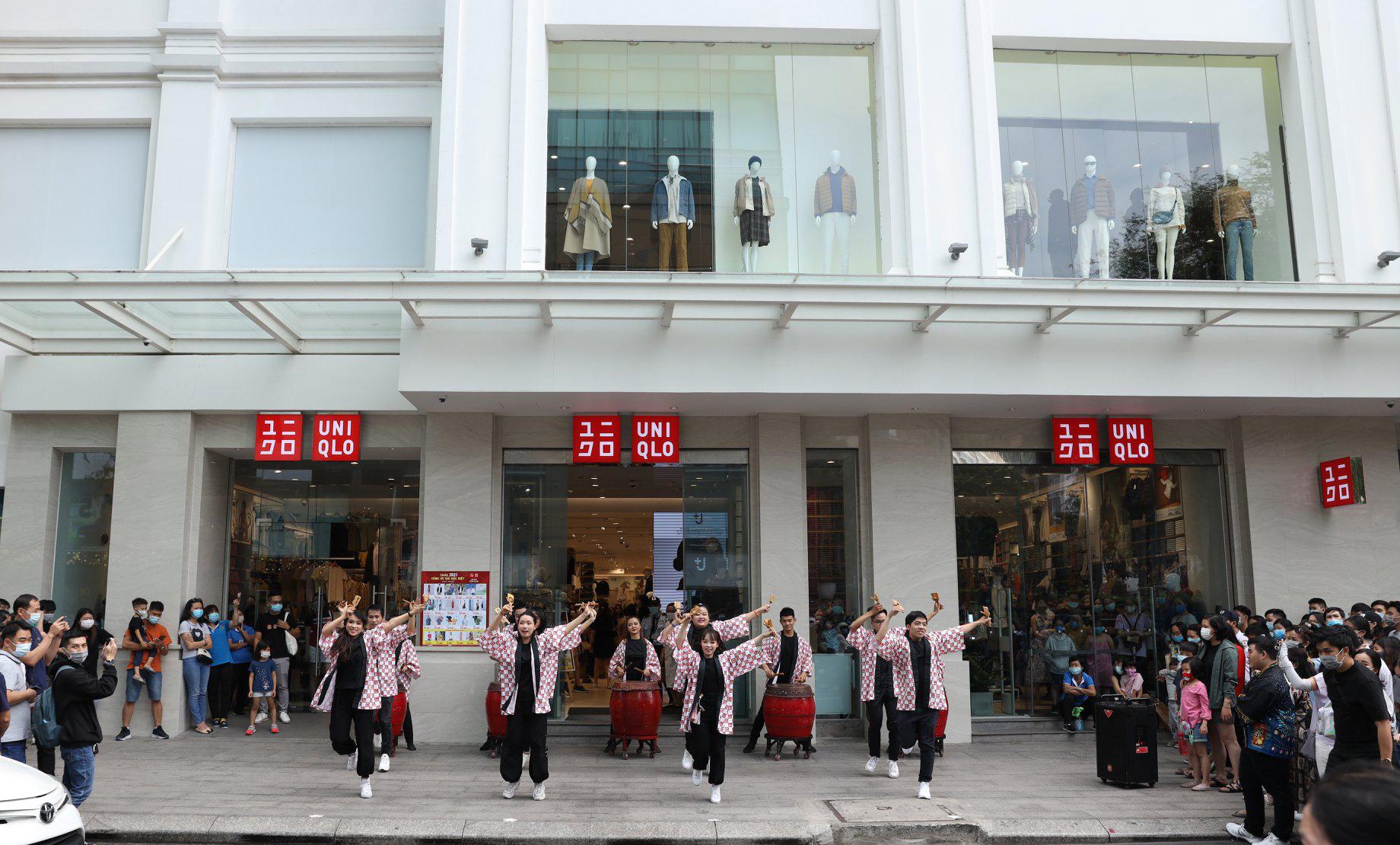 UNIQLO gửi gắm thông điệp mừng năm mới qua vũ điệu Yosakoi đậm chất Nhật - Ảnh 6.