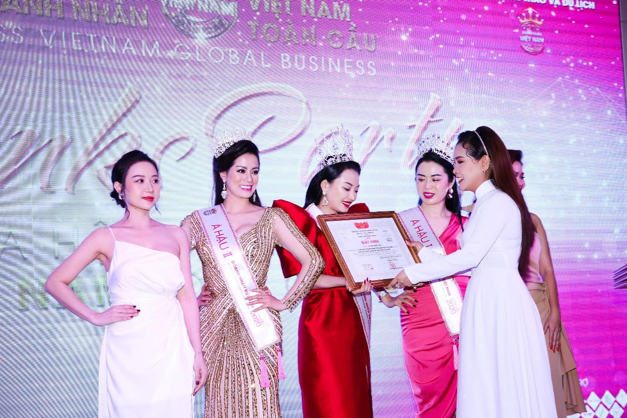 Tân Hoa hậu Vũ Thị Ngọc Anh ngồi ghế nóng Nữ hoàng Doanh nhân đất Việt 2021 - Ảnh 5.