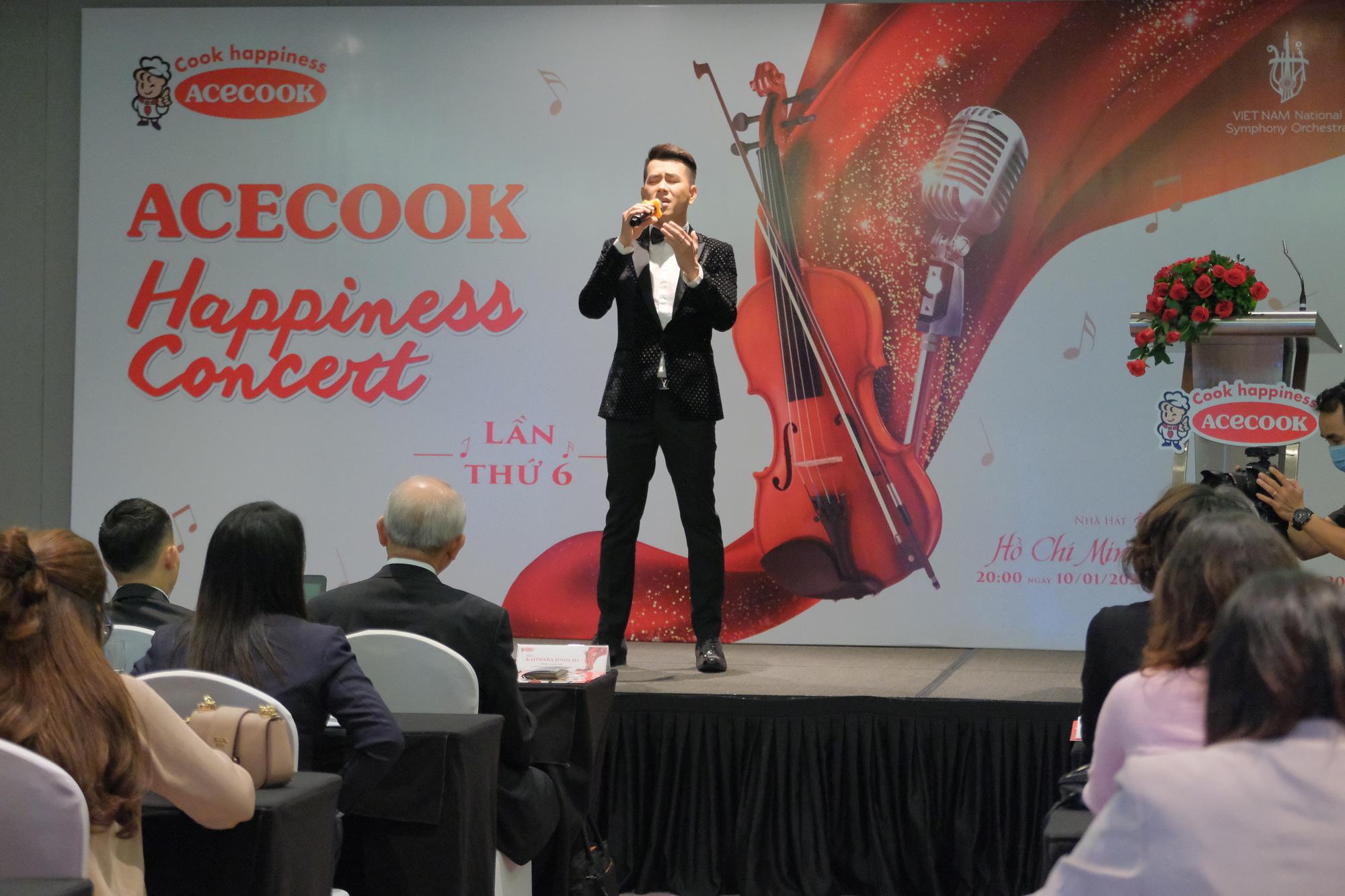 """Hồ Trung Dũng lần đầu """"hòa nhạc hạnh phúc"""" cùng giọng ca Opera Khánh Ngọc - Ảnh 2."""