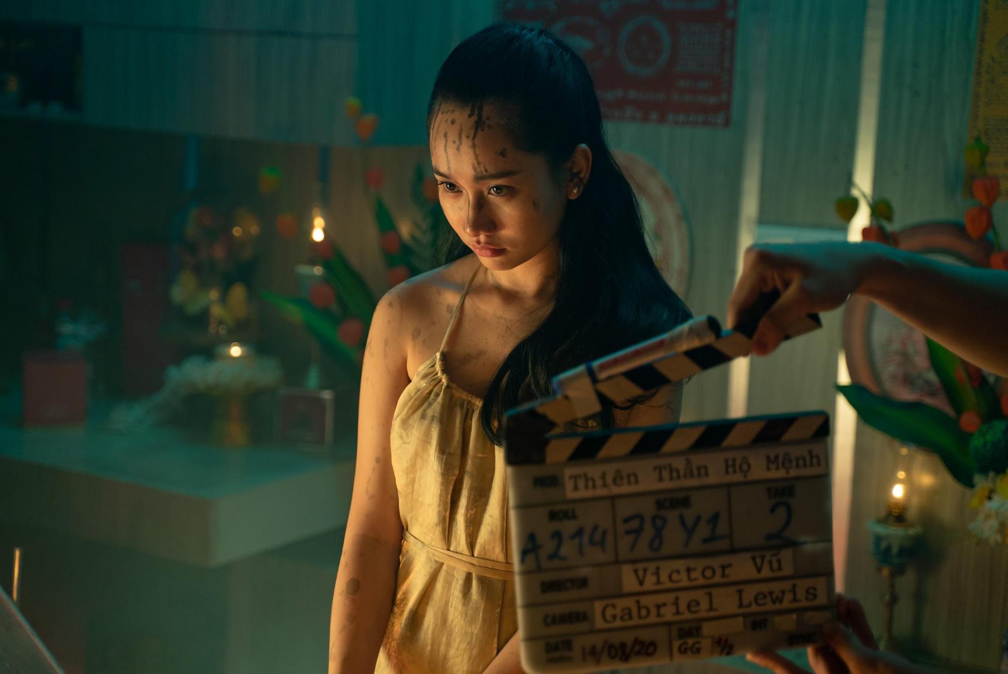 Đạo diễn Victor Vũ và nàng thơ Trúc Anh tiết lộ món ăn khoái khẩu trong thời gian quay Thiên Thần Hộ Mệnh - Ảnh 1.