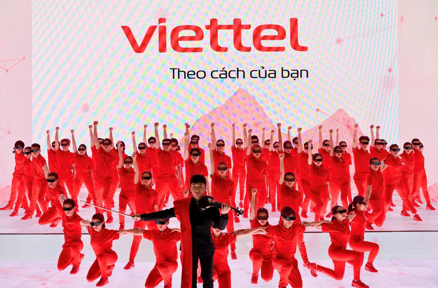 Những điều chưa từng có ở sự kiện ra mắt logo Viettel mới - Ảnh 3.