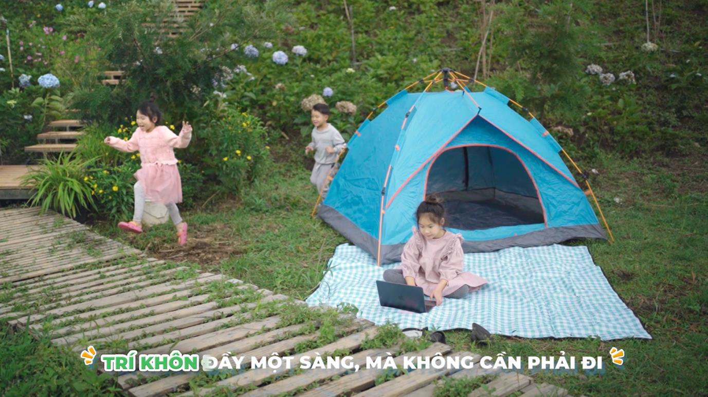 Các con của Lý Hải khoe tài hát và đọc rap trong MV mới - Ảnh 1.