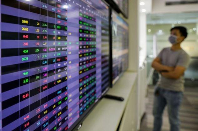 """""""Bình thường mới"""" hậu Covid-19: Tầm nhìn nhà đầu tư đang hướng về đâu? - Ảnh 1."""