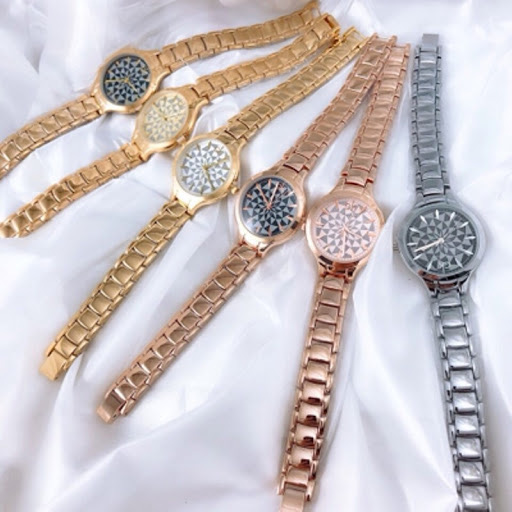 Hàng Thùng Bảo Trân - Shop đồng hồ 2hand vintage khiến các tín đồ phát cuồng tìm kiếm - Ảnh 4.