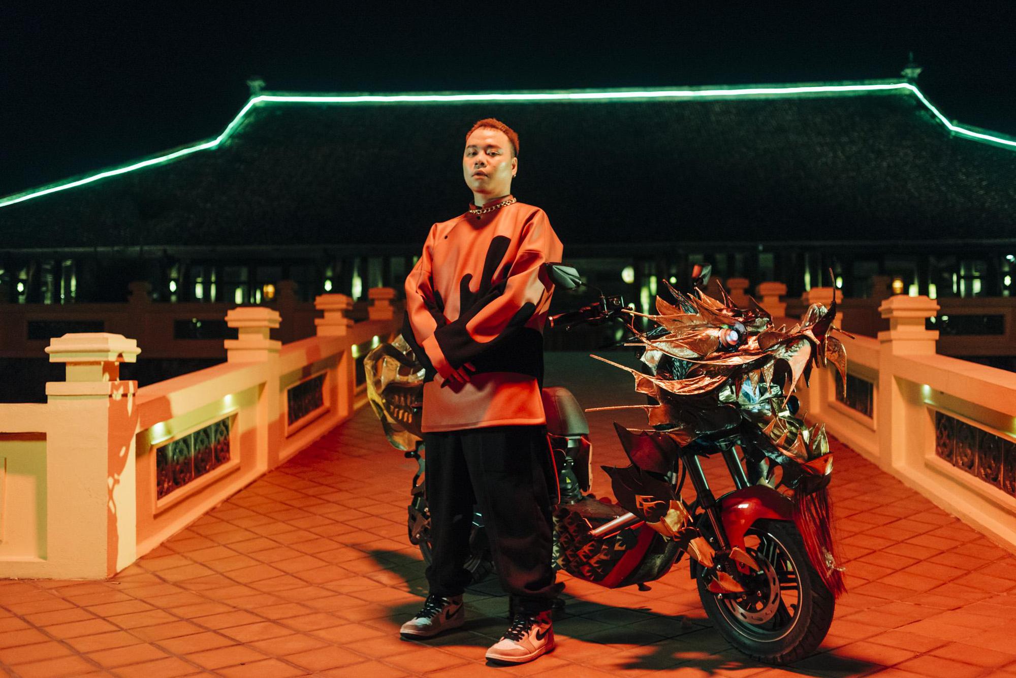 Bình Gold, RichChoi, Chị Cả... góp mặt trong MV Chí Nam Nhi - bản rap ca trù từng khiến cả 4 HLV King Of Rap khen hết lời - Ảnh 4.