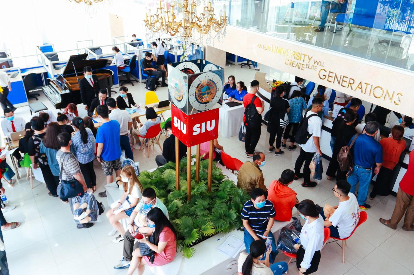 Đại học Quốc tế Sài Gòn nhận hồ sơ xét tuyển học bạ từ 1/3 - Ảnh 1.