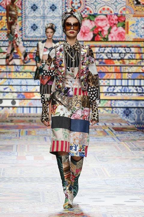 Bắt ngay xu hướng thời trang đến từ các thương hiệu nổi tiếng cho mùa Xuân - Hè 2021 - Ảnh 1.
