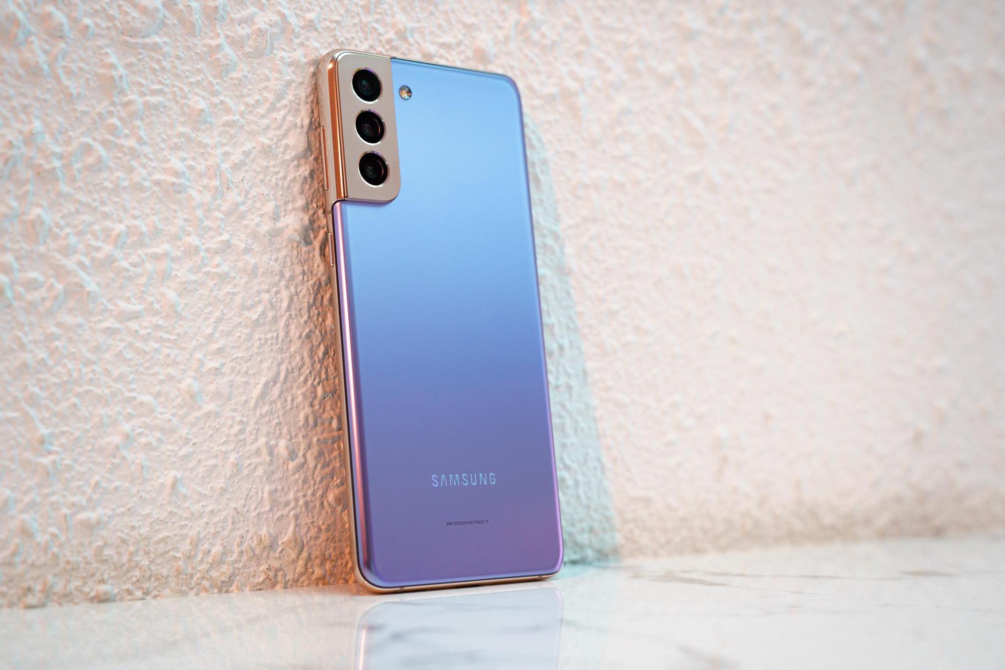 Hiếm có smartphone nào cho người dùng nhiều quyền lựa chọn như Galaxy S21 series - Ảnh 1.