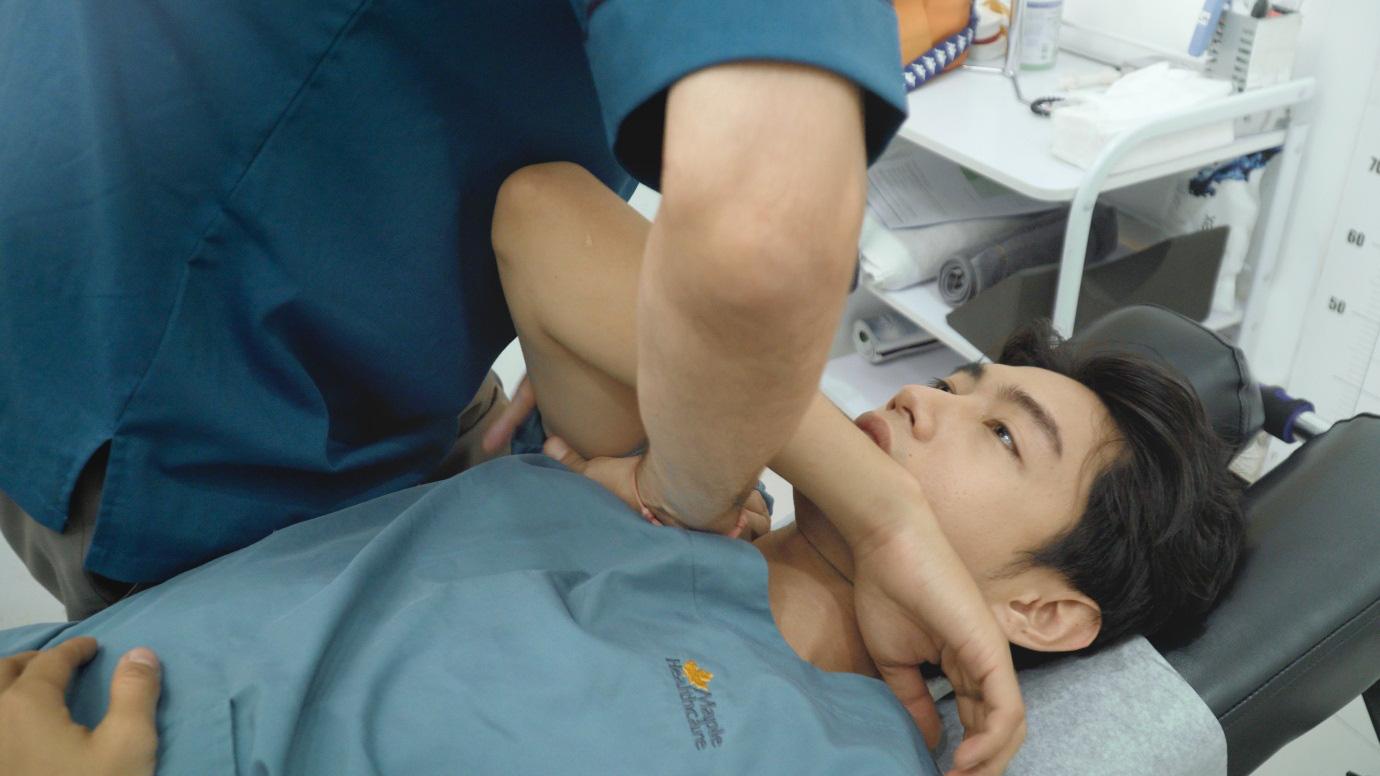 Quang Đăng điều trị đau cột sống để tiếp tục đam mê nhảy múa - Ảnh 3.