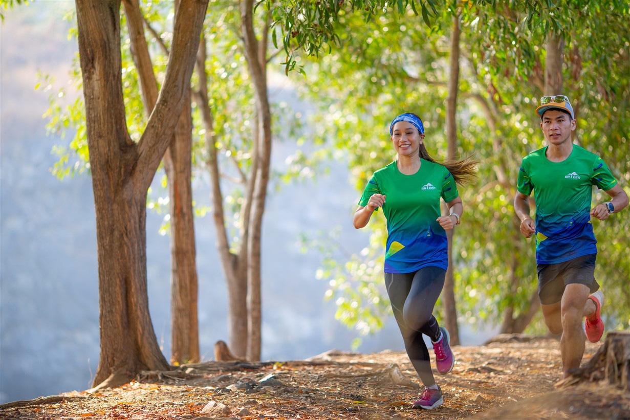 Giải chạy marathon đầu tiên tổ chức tại Tây Ninh trên cung đường quanh núi Bà Đen huyền thoại - Ảnh 3.