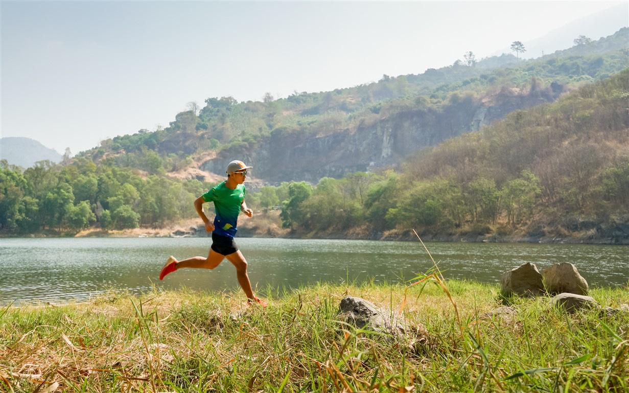 Giải chạy marathon đầu tiên tổ chức tại Tây Ninh trên cung đường quanh núi Bà Đen huyền thoại - Ảnh 4.