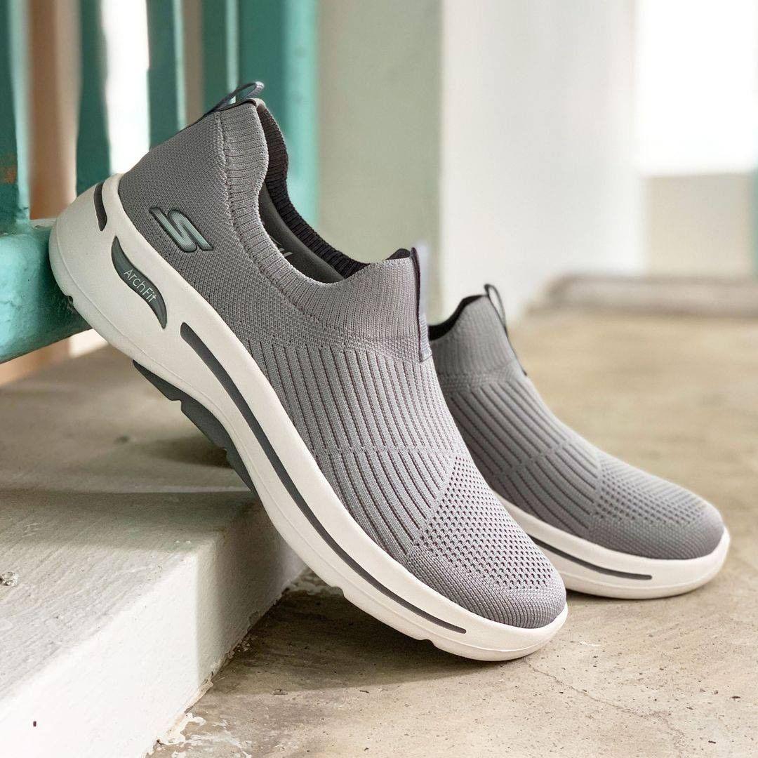 """Giày thể thao Skechers Gowalk Arch Fit - """"item"""" mới trong bộ sưu tập của các tín đồ thời trang năng động - Ảnh 3."""