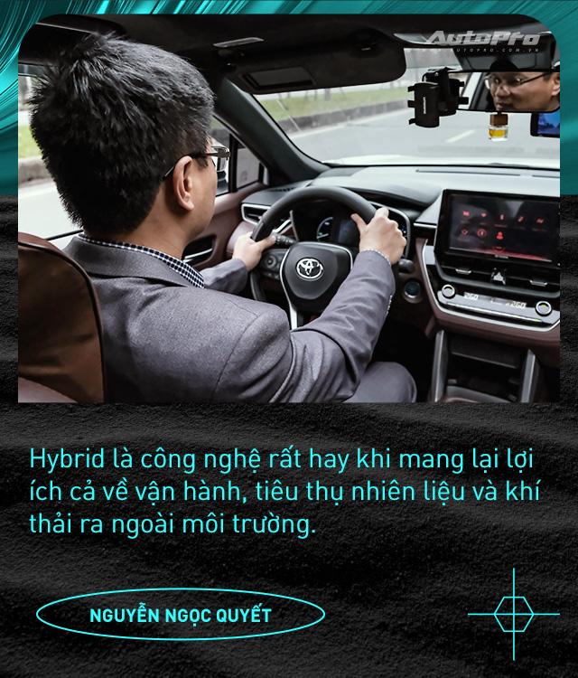 Người dùng đánh giá Toyota Corolla Cross Hybrid: 'Thành fan Toy sau khi được dùng công nghệ xe sang giá mềm' - Ảnh 3.