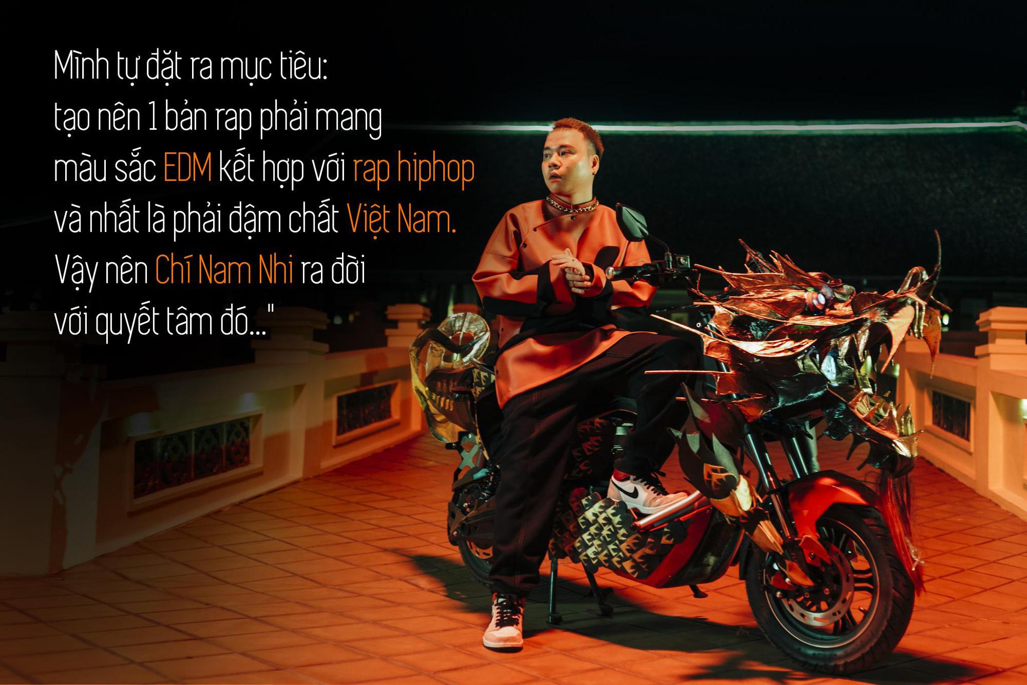 Quân R.E.V trải lòng sau MV Chí Nam Nhi: Tôi tự đẩy mình vào thử thách, làm rap nhưng phải đậm chất Việt Nam - Ảnh 1.