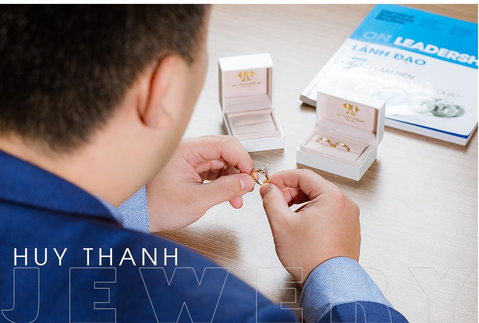 Doanh nhân 9X Đỗ Huy Thành: Vượt qua định kiến, thay đổi mô hình kinh doanh đã tạo nên thành công cho Huy Thanh Jewelry - Ảnh 2.
