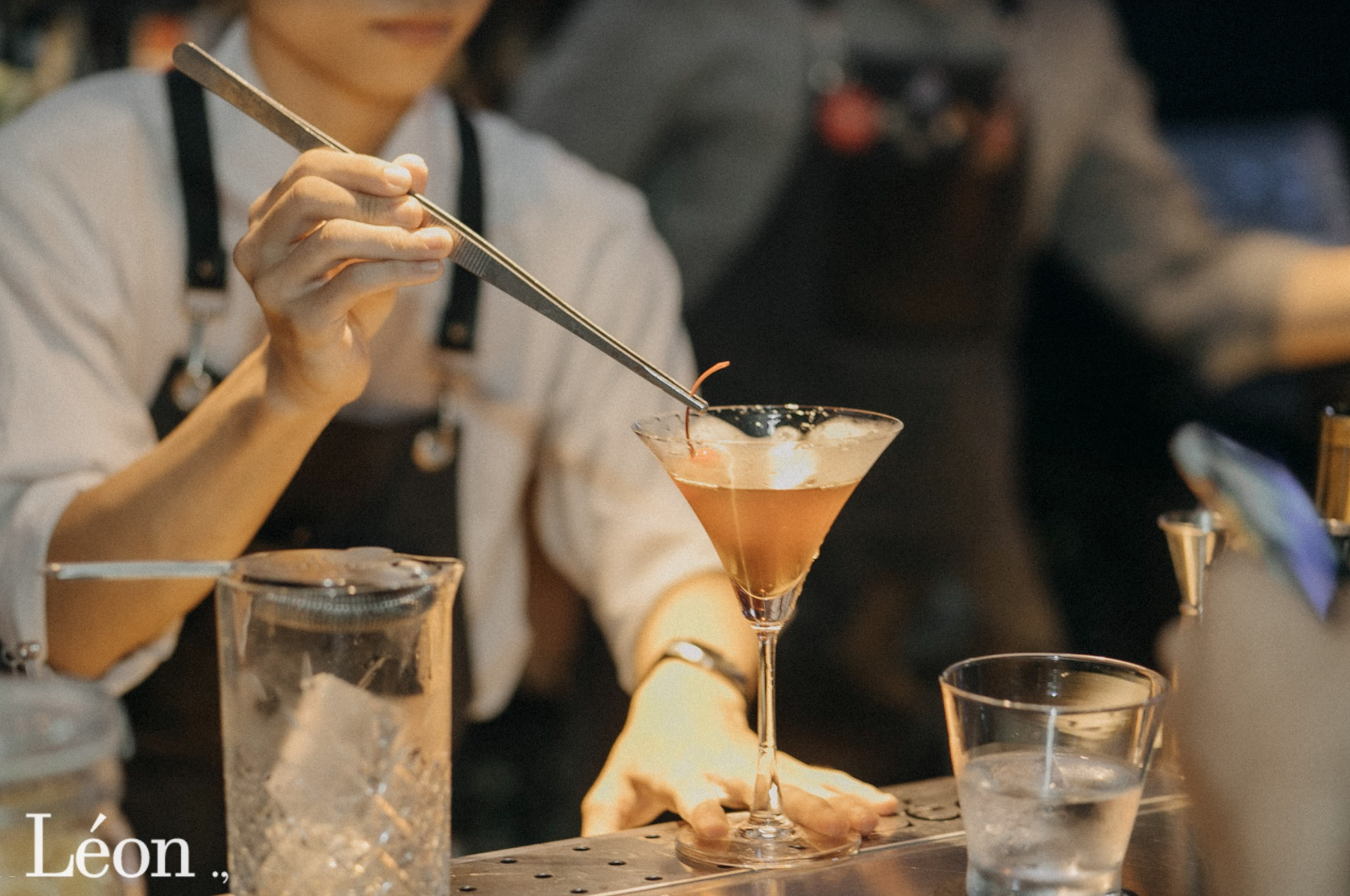 Léon: Quán cocktails mang phong cách rạp phim nhất định phải đến một lần - Ảnh 7.