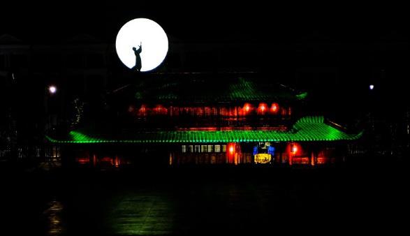 Sắp chính thức công diễn 3 show diễn triệu đô tại Phú Quốc United Center - Ảnh 1.