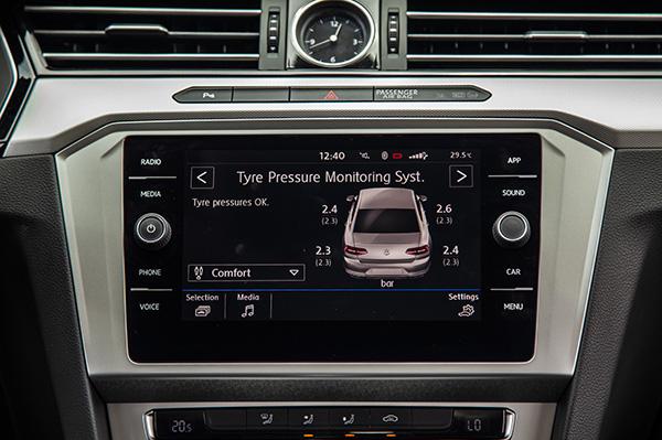 Volkswagen Passat - lựa chọn thú vị cho khách Việt trung niên - Ảnh 4.