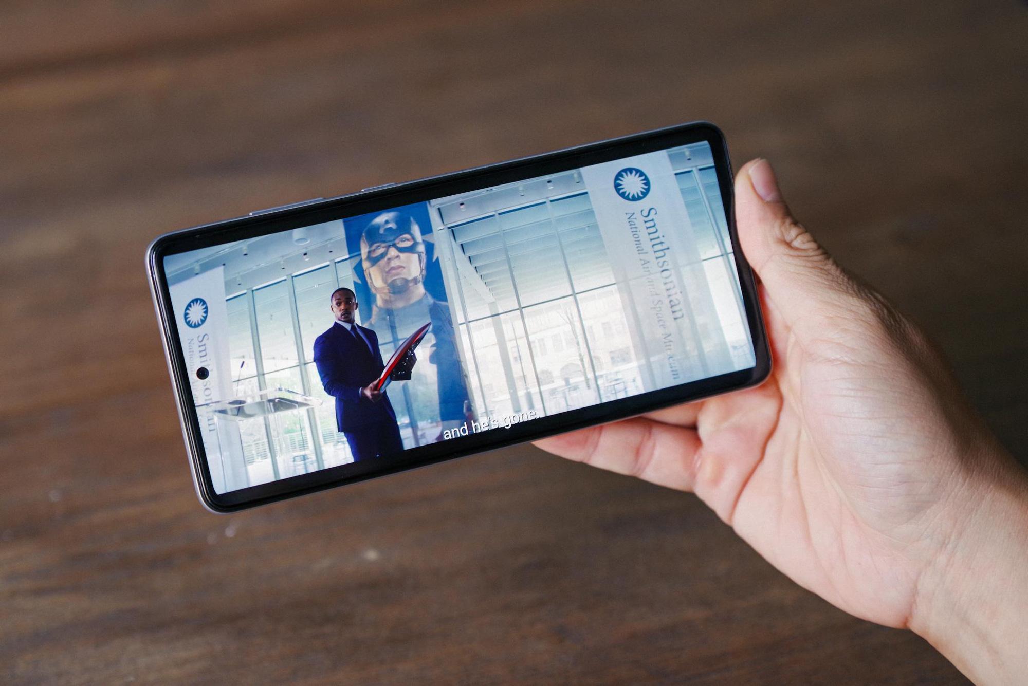 """Trên tay Samsung Galaxy A52 và A72, thiết bị giúp giới trẻ """"thăng hạng ngàn trải nghiệm"""" - Ảnh 8."""