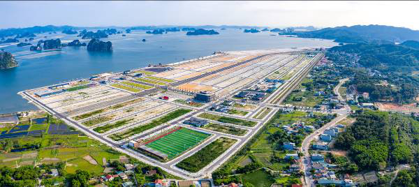 Đất nền ven biển Vân Đồn: 2020 khởi sắc, 2021 thăng hạng - Ảnh 1.