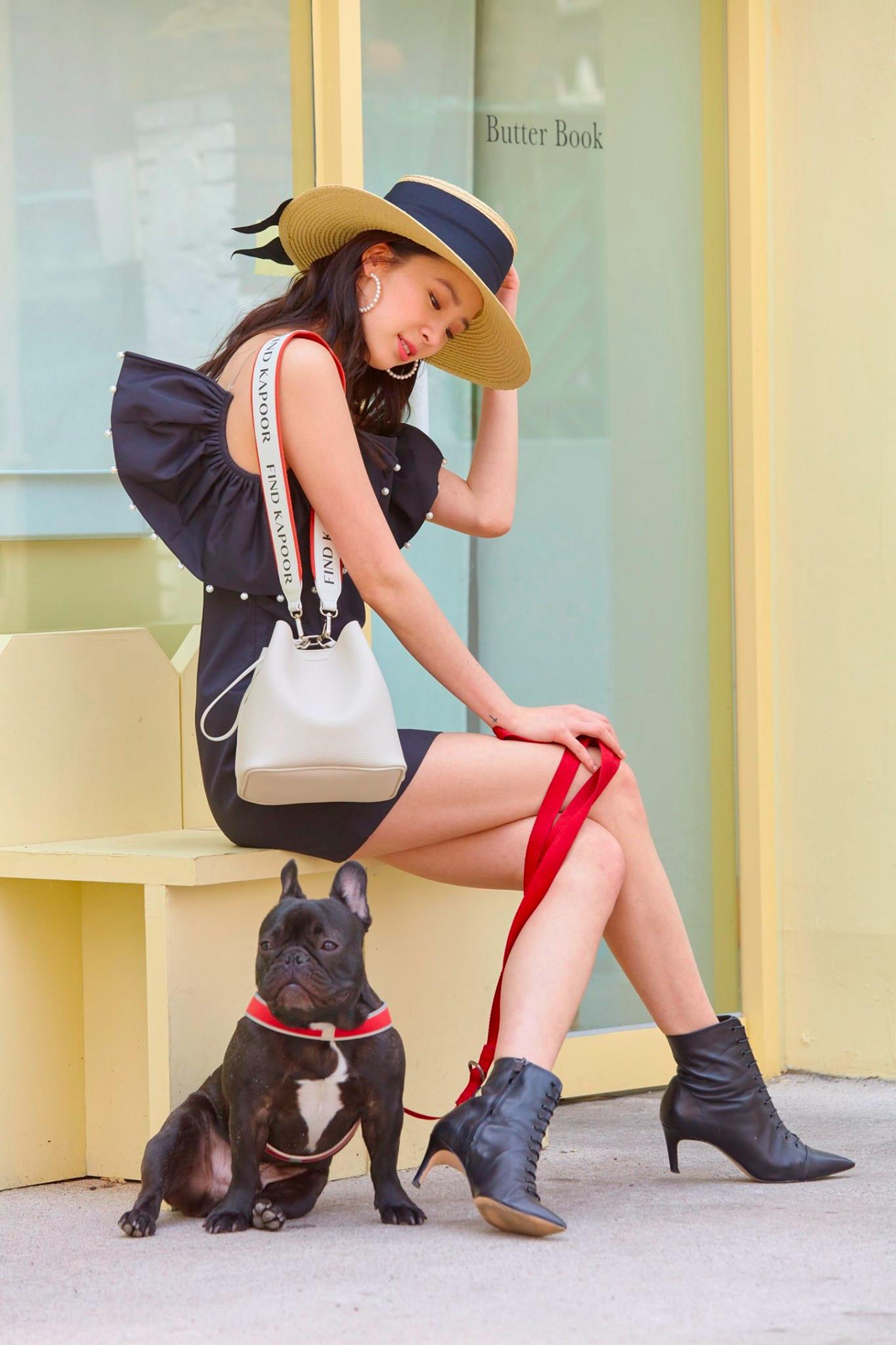 Muôn kiểu phối đồ như fashionista với một chiếc túi Bucket của Find Kapoor - Ảnh 2.
