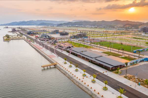 Đất nền ven biển Vân Đồn: 2020 khởi sắc, 2021 thăng hạng - Ảnh 2.