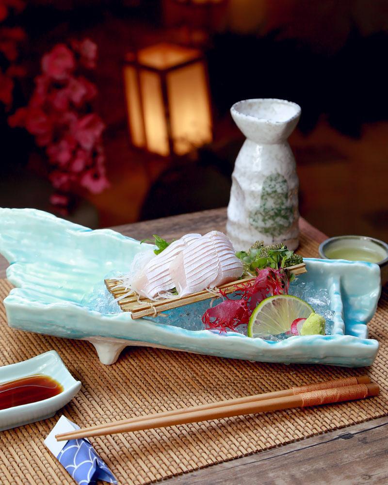 Ba loại cá nổi tiếng trong ngôi chợ trăm tuổi thu hút hơn 8000 lượt khách ở Fukuoka - Ảnh 2.