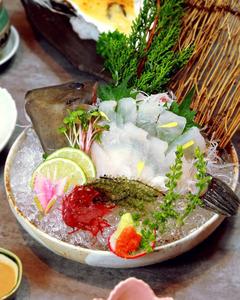 Ba loại cá nổi tiếng trong ngôi chợ trăm tuổi thu hút hơn 8000 lượt khách ở Fukuoka - Ảnh 3.