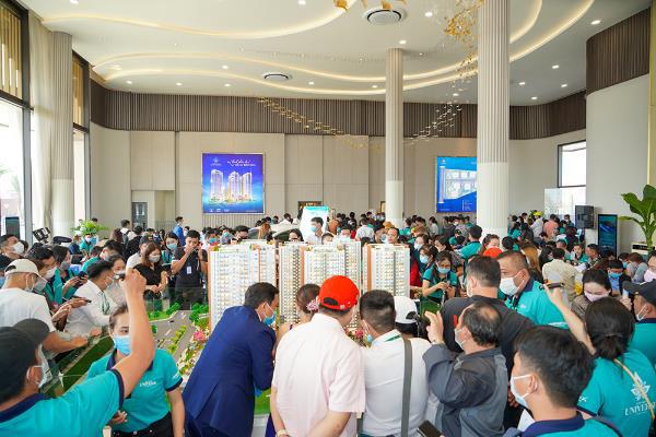 Thị trường BĐS tại đô thị tiếp giáp TP HCM hút nhà đầu tư - Ảnh 2.