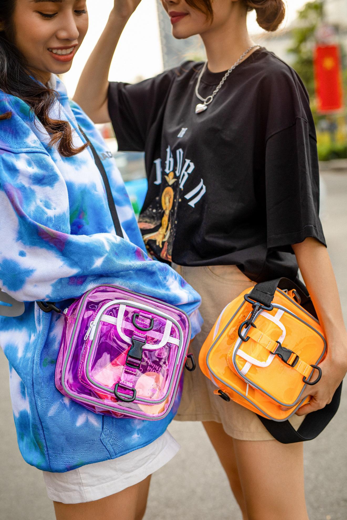 Chill Bag: Item chất lừ chinh phục đa dạng phong cách thời trang - Ảnh 1.