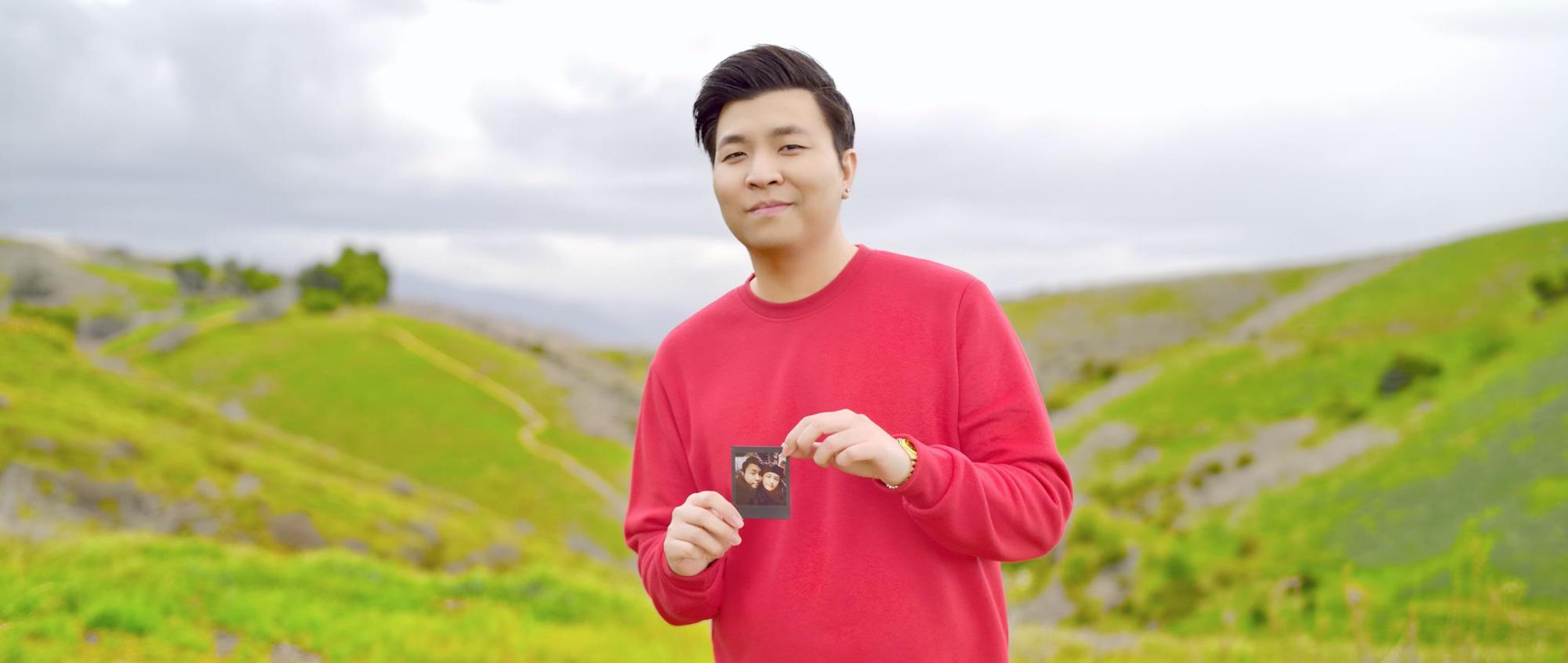 Anh Khang ra mắt ca khúc ngọt lịm tim cho các cặp đôi, hiếm hoi chia sẻ về vợ - Ảnh 1.