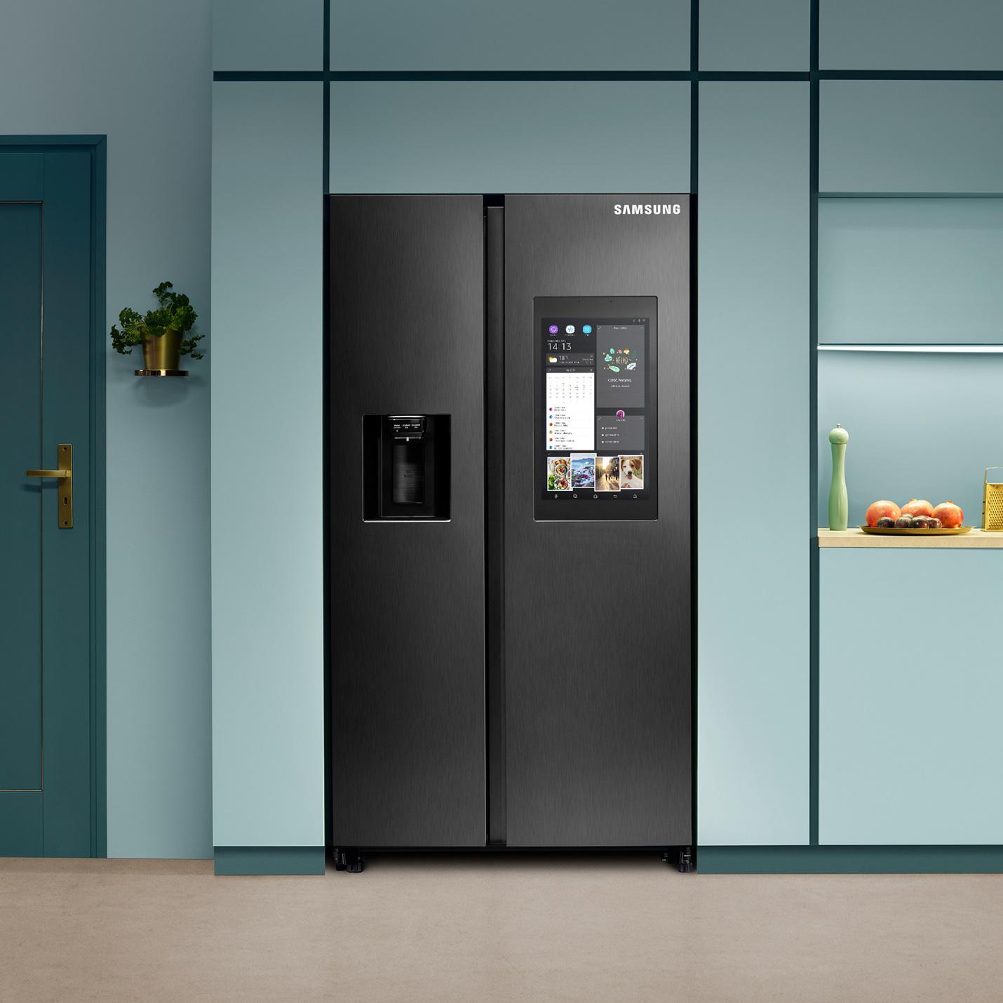 """Tuyệt kỹ chăm người yêu thời 4.0 bằng chiếc tủ lạnh """"siêu cấp to cao 1m78"""" - Ảnh 1."""