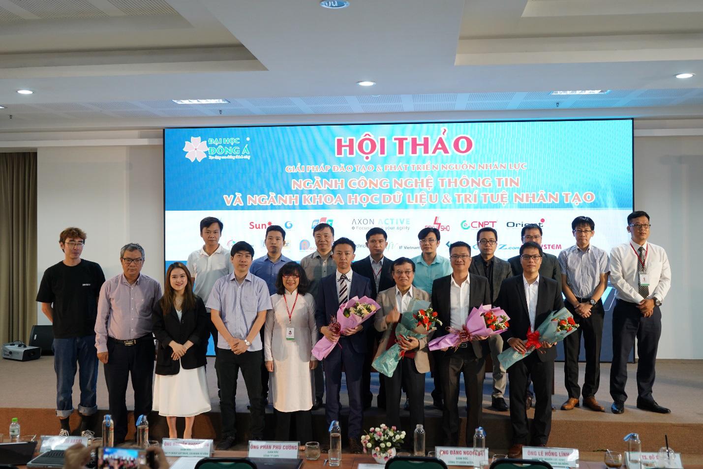 Đại học Đông Á: Hàng ngàn việc làm trong và ngoài nước dành cho sinh viên - Ảnh 2.
