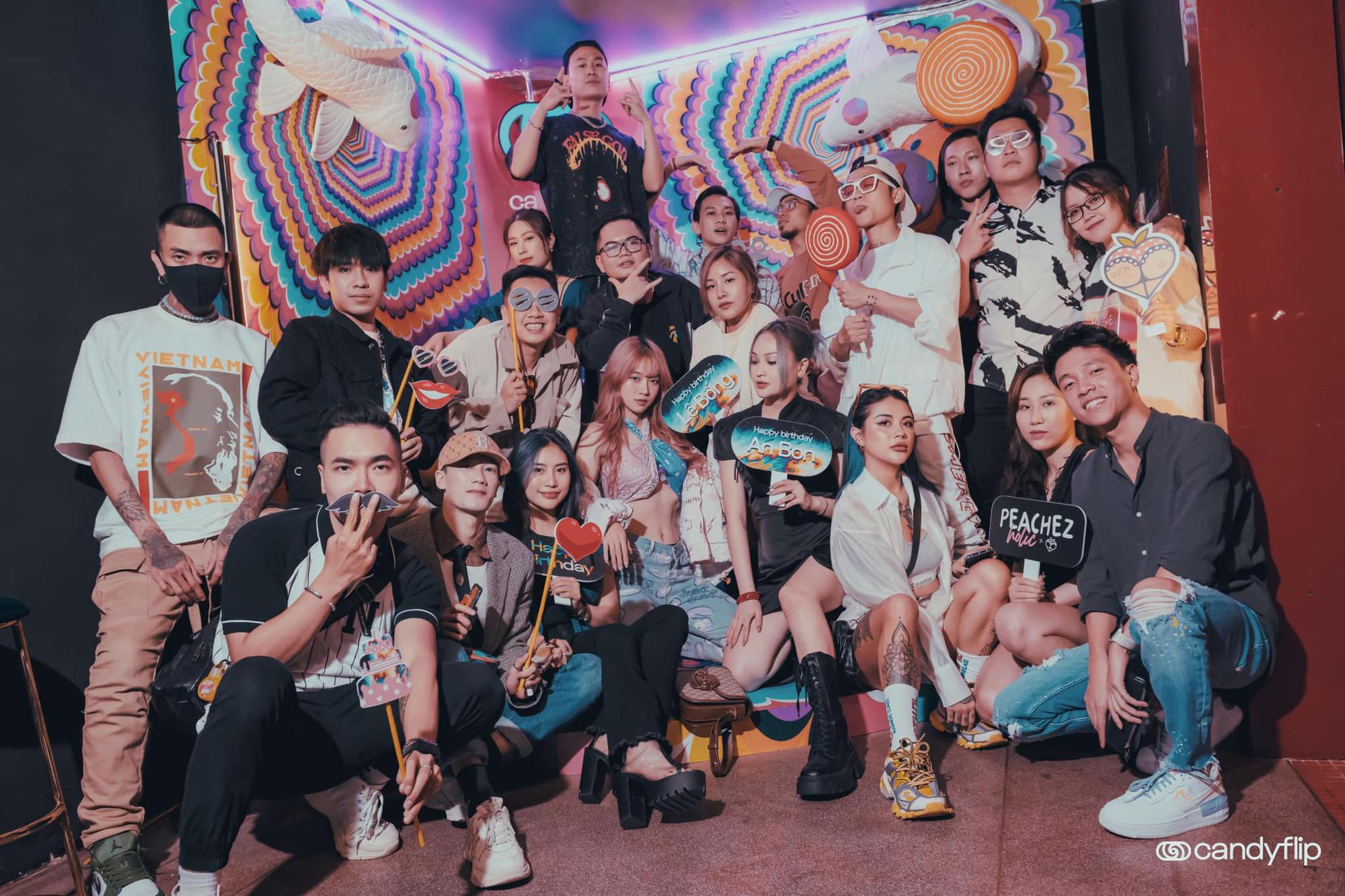 Tâm điểm sự kiện cuối tuần: Xôn xao chàng DJ bí ẩn xuất hiện giữa tiệc sinh nhật đình đám của nàng hot TikToker Lê Bống - Ảnh 3.