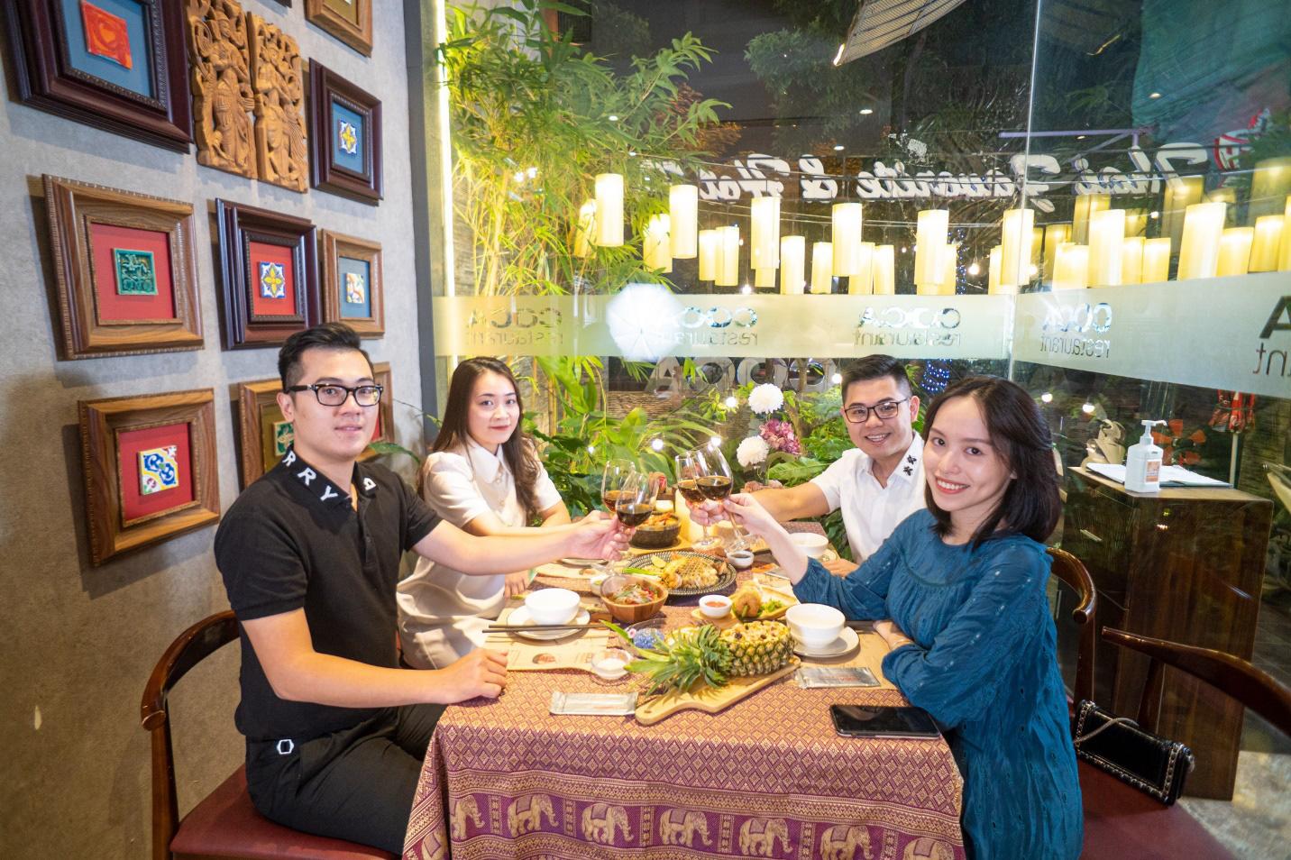 Songkran không chỉ là té nước, bởi có hàng loạt những món ngon khó cưỡng của xứ sở chùa Vàng cũng chờ bạn thưởng thức - Ảnh 6.
