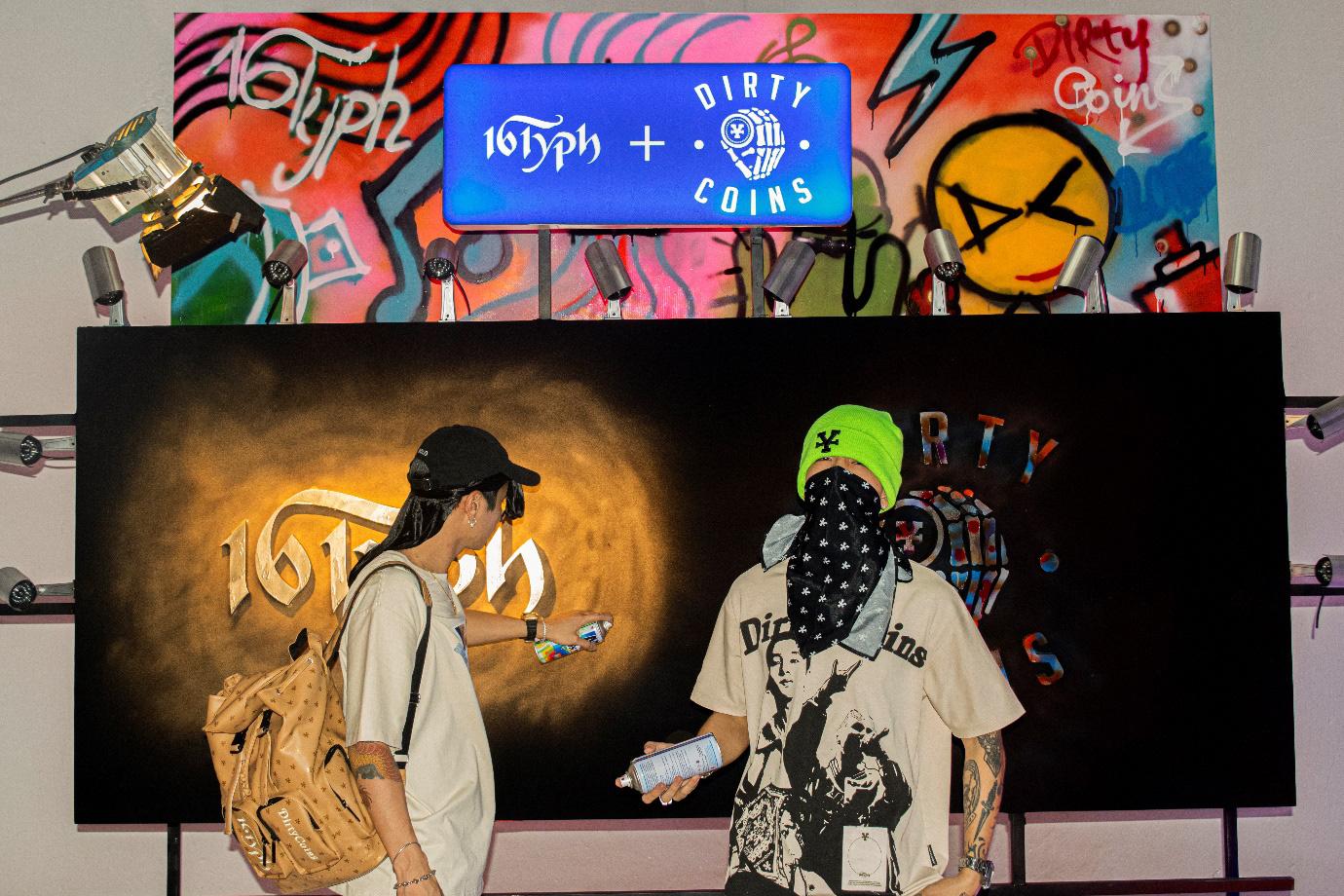 Cảm hứng về thời trang đậm chất hip-hop trong collection kết hợp giữa 16 Typh và DirtyCoins - Ảnh 2.