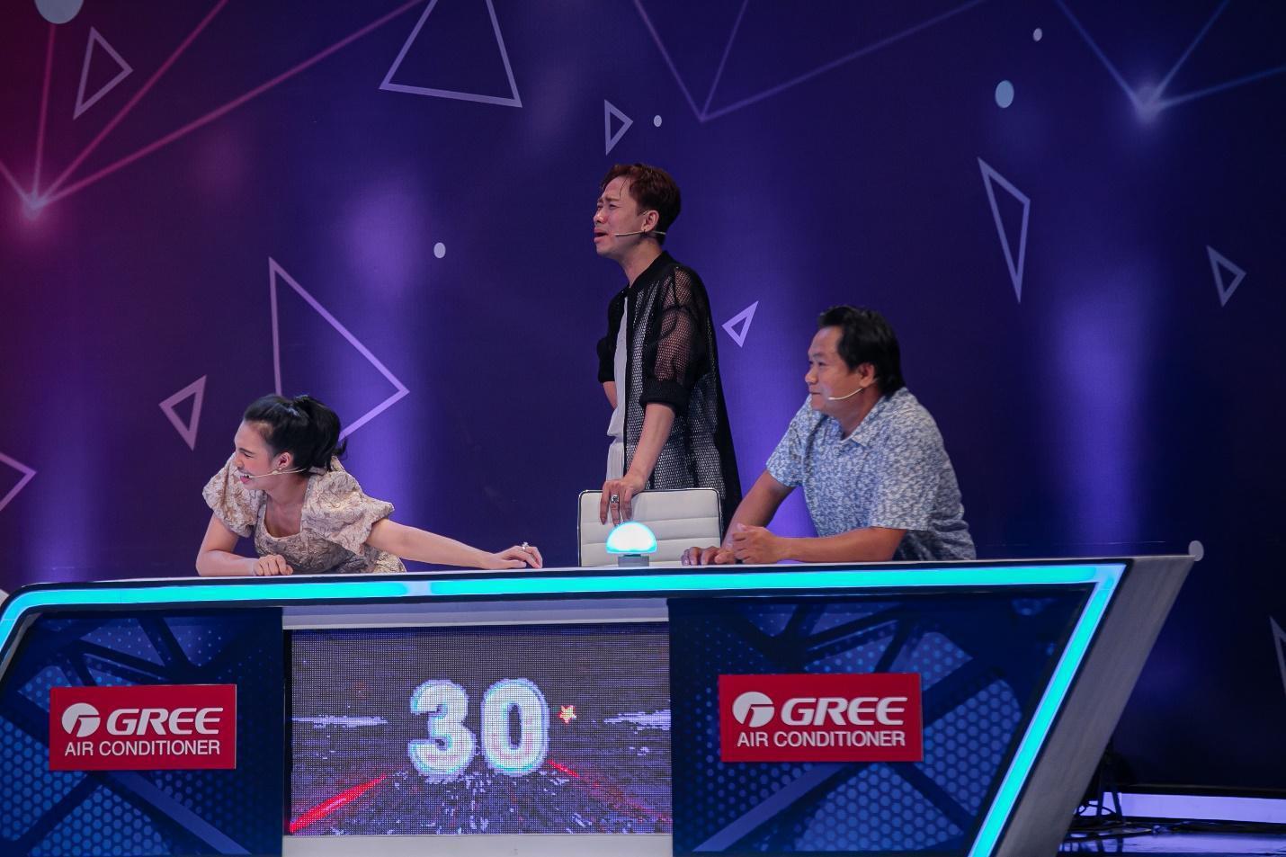 """Chơi ăn gian, Hải Triều bị Trịnh Thăng Bình """"dạy dỗ"""" ngay trên sóng truyền hình - Ảnh 6."""