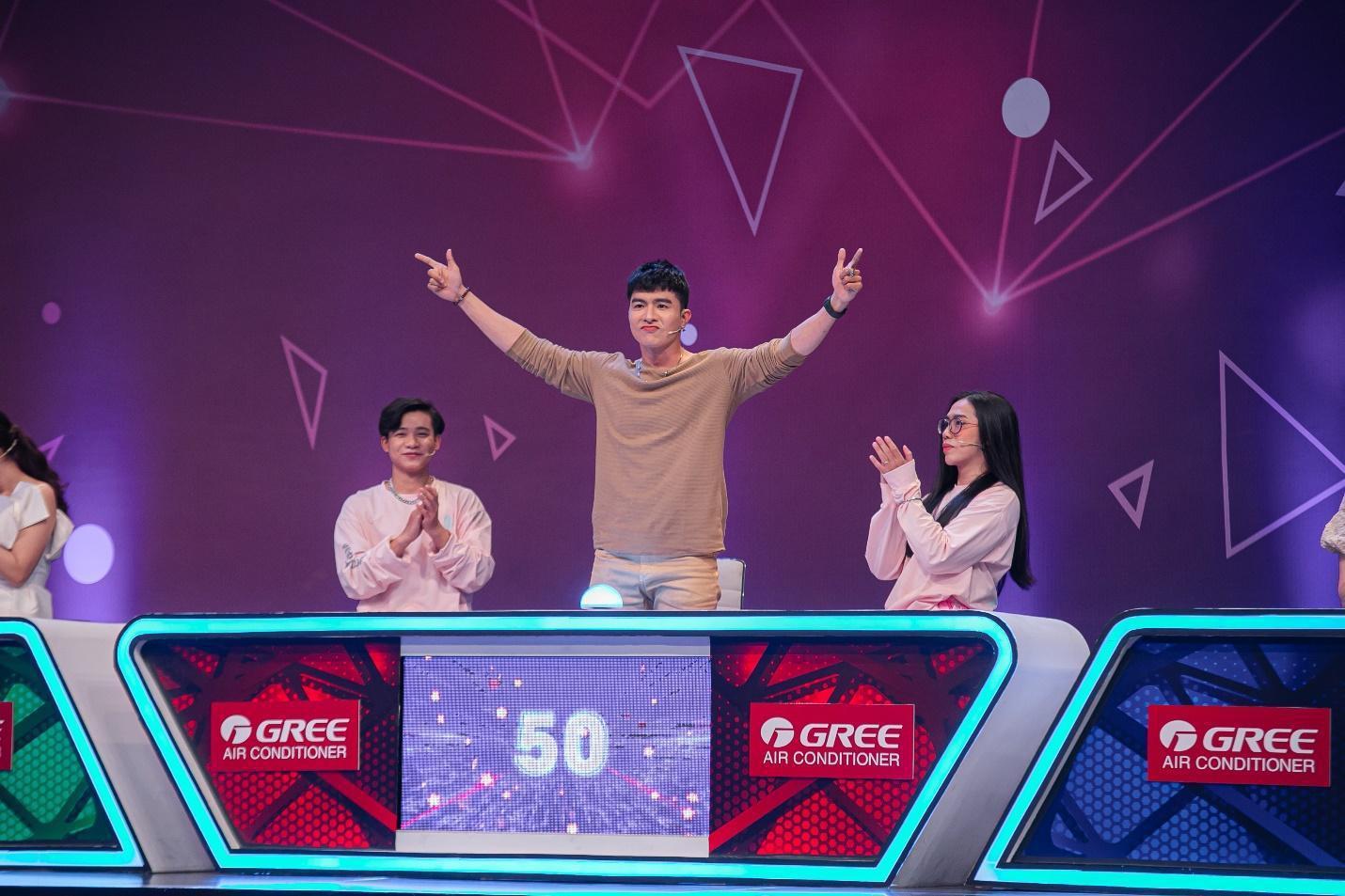 """Chơi ăn gian, Hải Triều bị Trịnh Thăng Bình """"dạy dỗ"""" ngay trên sóng truyền hình - Ảnh 7."""