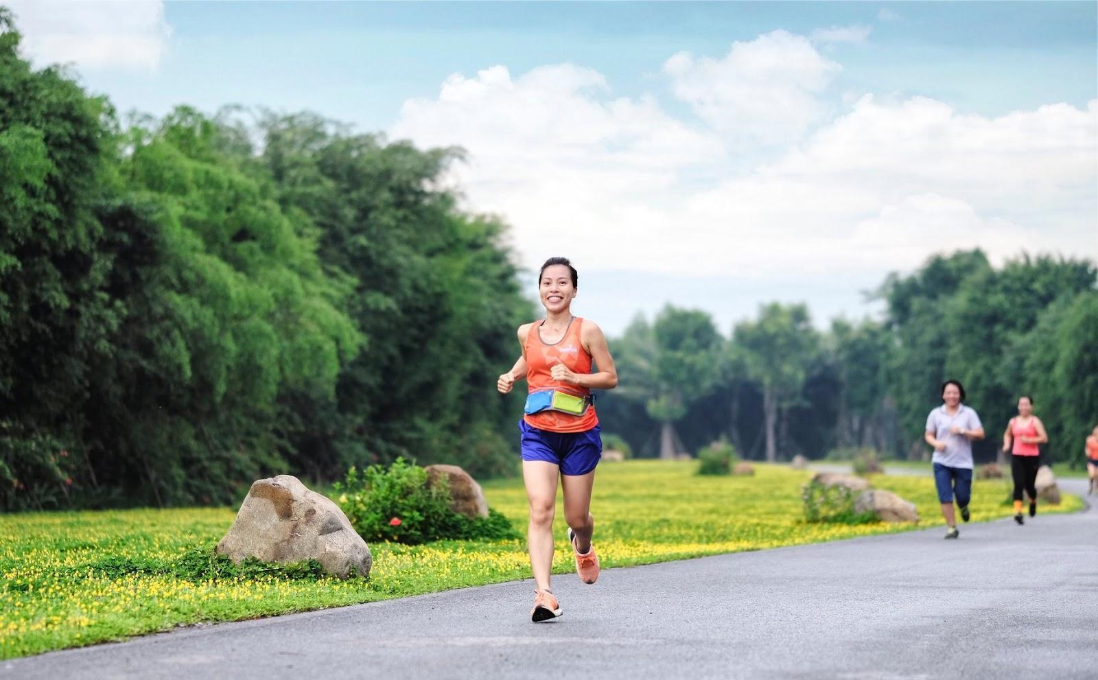 """Ecopark Marathon 2021 - Ngắm cung đường chạy giữa thiên nhiên """"siêu chất"""" trước giờ G - Ảnh 8."""