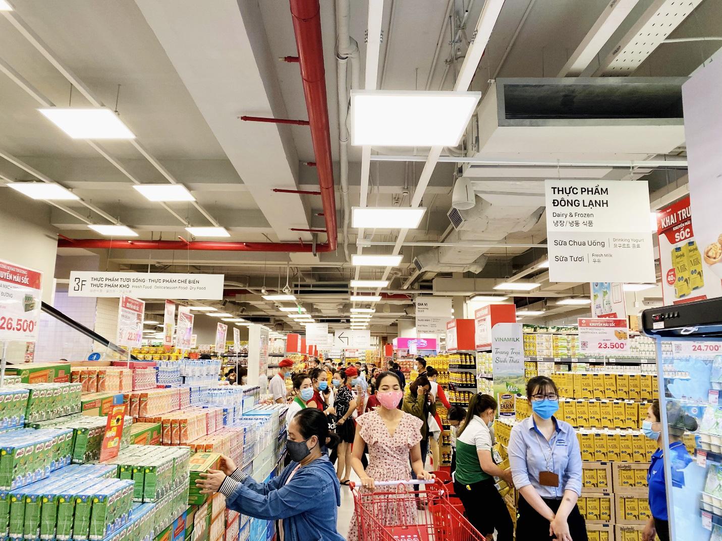 Trải nghiệm mua sắm hiện đại tại LOTTE Mart Gold Coast Nha Trang - Ảnh 2.