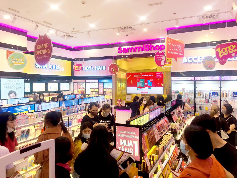 """Sammi Shop khiến giới trẻ """"phấn khích"""" trước loạt khuyến mãi mua 1 tặng 1 nhân dịp khai trương 2 cửa hàng mới tại Vincom - Ảnh 3."""