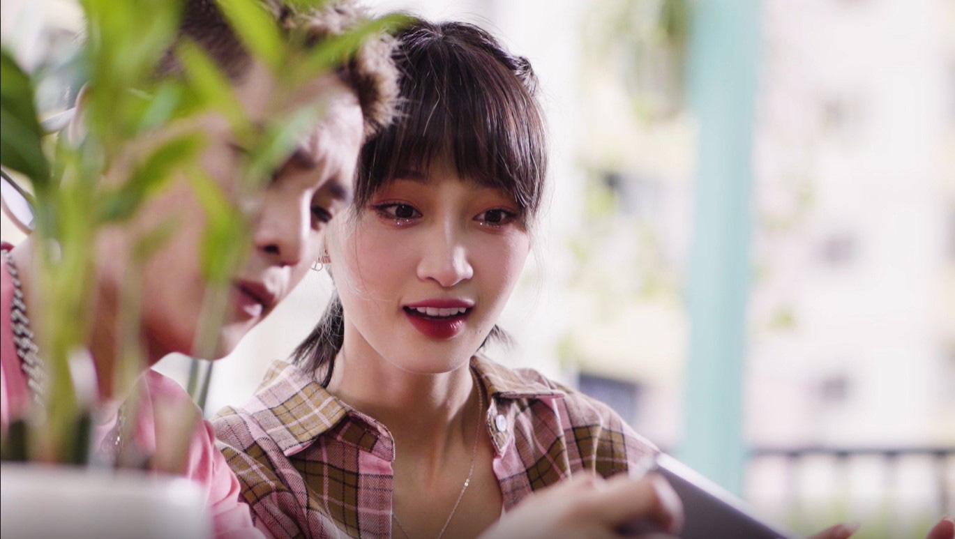 """Quân A.P - Juky San trở thành Đại Sứ Kiếm Gấu mới của Gun Gun Mobile, tung MV đóng cặp """"tình bể bình"""" - Ảnh 6."""