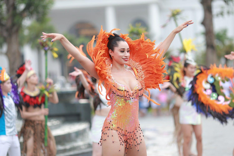 Sau Sầm Sơn, dân tình rần rần chuẩn bị quẩy cùng lễ hội hoa, đêm nhạc cực đỉnh ở Hạ Long - Ảnh 2.