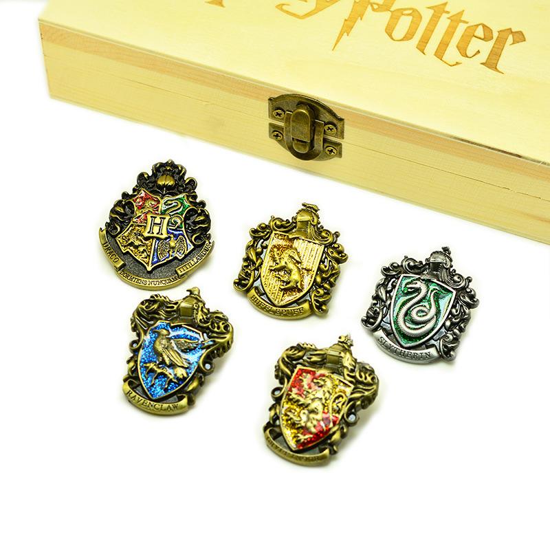 Top 7 item bán chạy nhất trên Lazada trong làn sóng kỉ niệm 10 năm công chiếu tập cuối của Harry Potter - Ảnh 4.