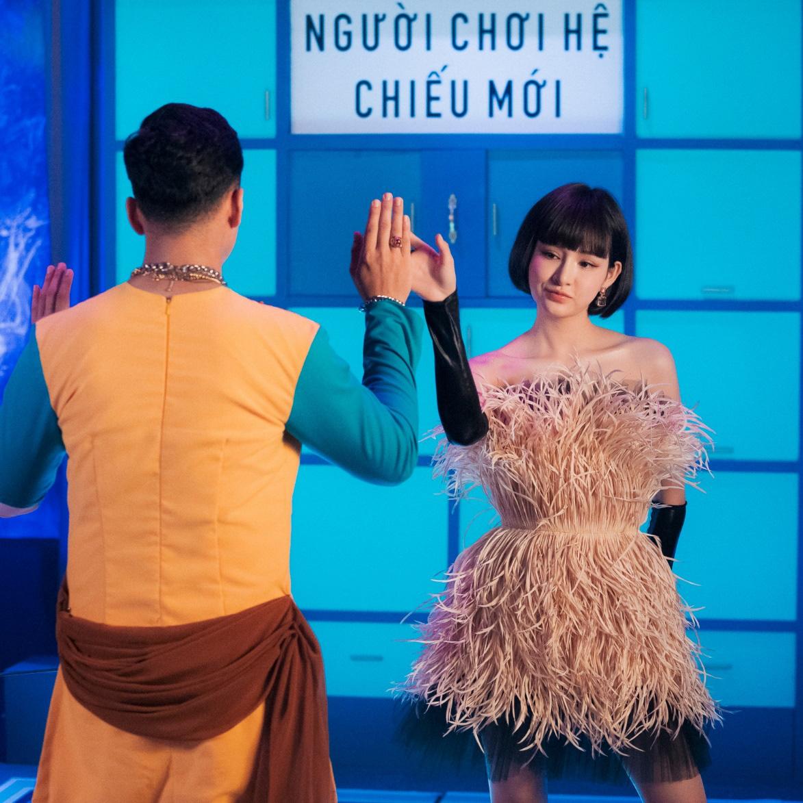 Thiều Bảo Trâm lần đầu song ca cùng Hiền Hồ, chị chị em em khoe visual không kém cạnh nhau trong MV - Ảnh 4.