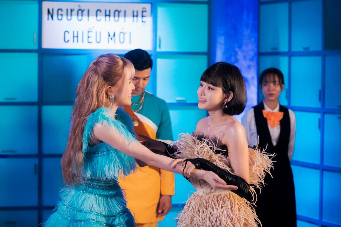 Thiều Bảo Trâm lần đầu song ca cùng Hiền Hồ, chị chị em em khoe visual không kém cạnh nhau trong MV - Ảnh 3.