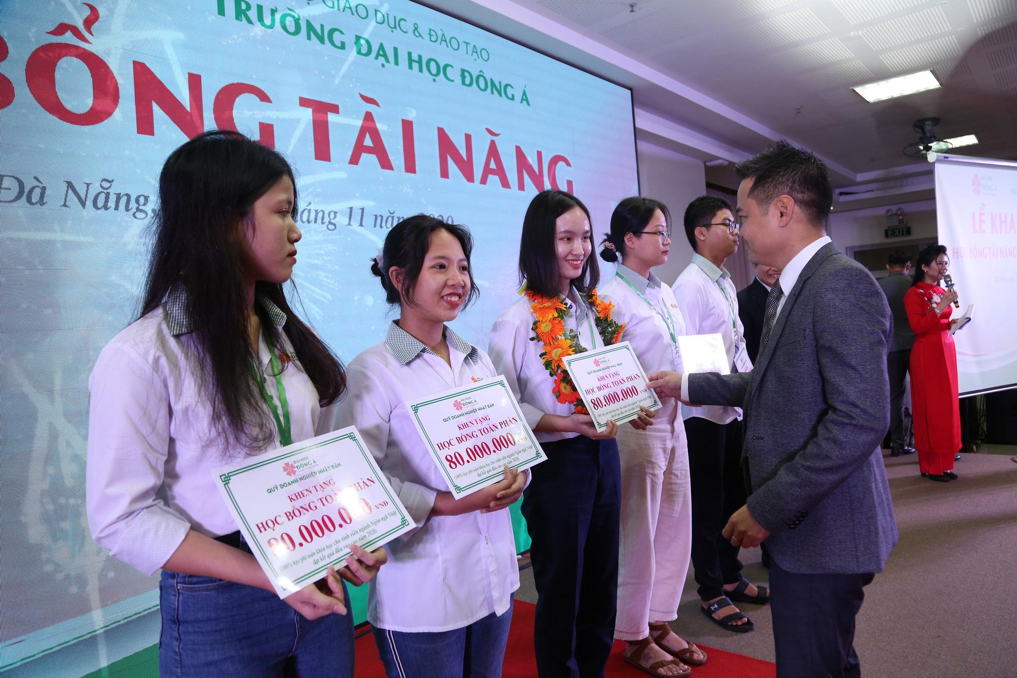 Trường Đại học Đông Á: 3 phương thức xét tuyển ở 33 ngành đào tạo - Ảnh 2.