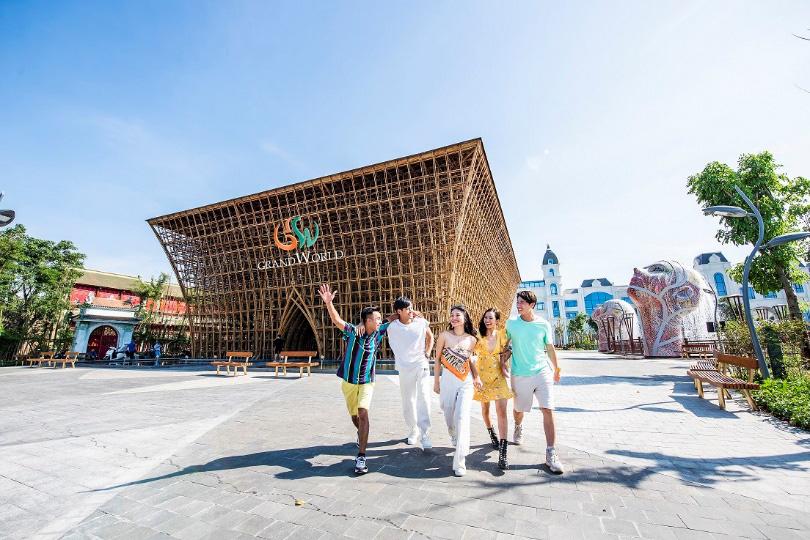 Trải nghiệm thiên đường mua sắm - vui chơi tại Phú Quốc - Ảnh 3.