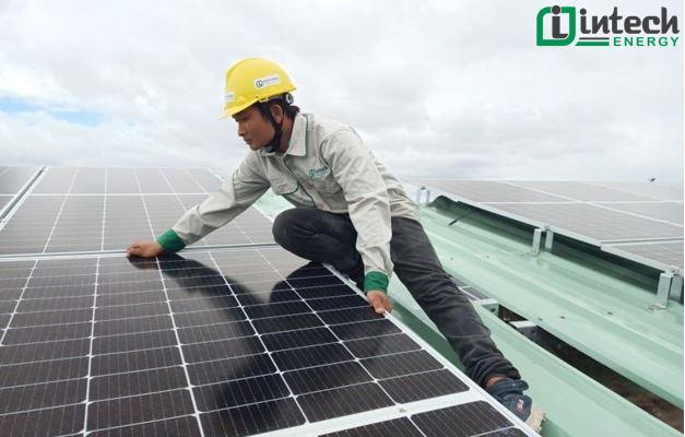Ai nên lắp đặt điện năng lượng mặt trời sẽ mang lại hiệu quả cao? - Ảnh 2.